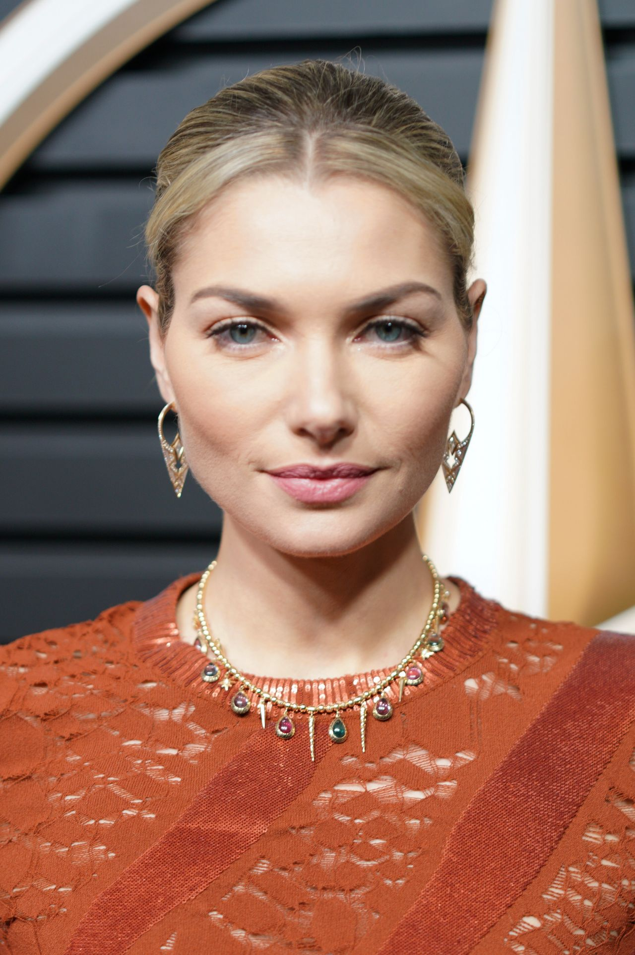 Jessica Hart - Mercedes-Benz Oscar Viewing Party in