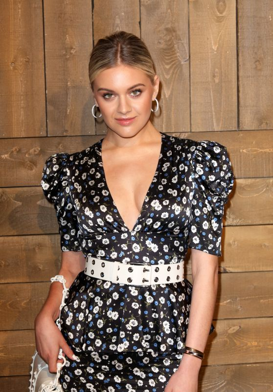 Kelsea Ballerini – Michael Kors Fashion Show in NY 02/12/2020