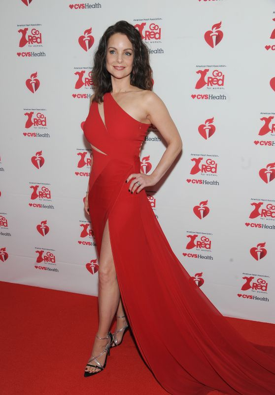 Kimberly Williams-Paisley – Go Red For Women Red Dress Collection 2020 in NYC
