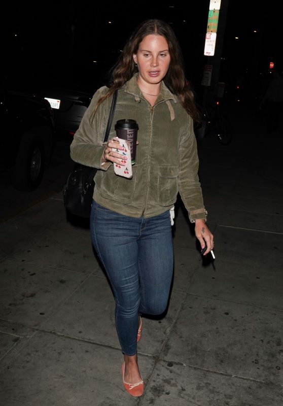 Lana Del Rey - Arrives at Church Services in LA 02/26/2020