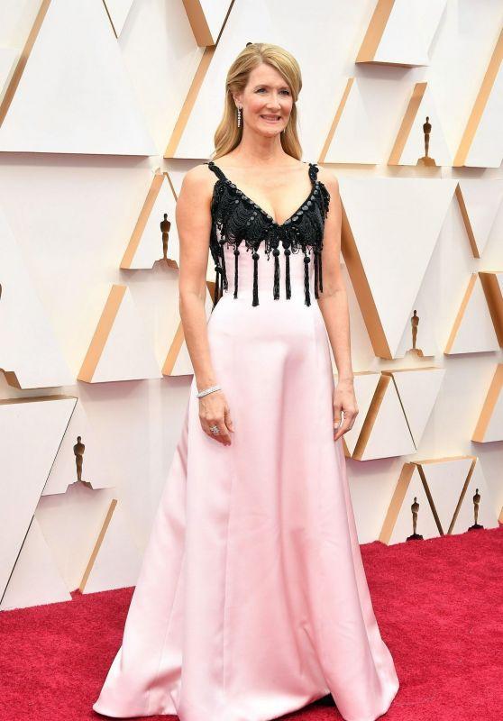 Laura Dern – Oscars 2020 Red Carpet