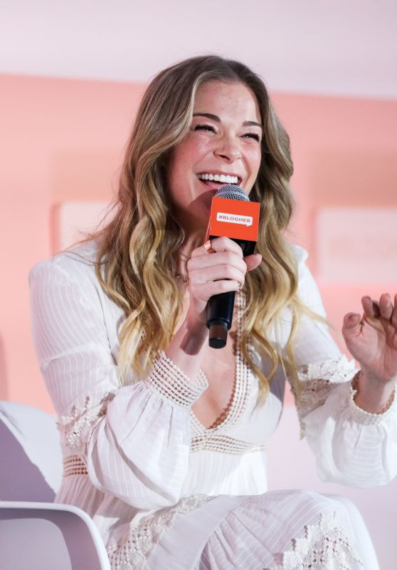 LeAnn Rimes - #BlogHer20 Health in LA 01/02/2020