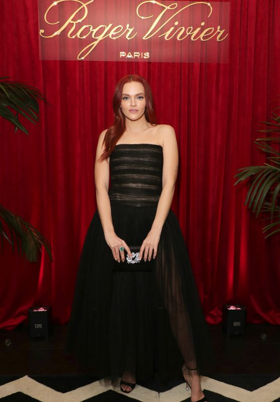 """Madeline Brewer – Roger Vivier Dinner to Celebrate the Release of """"Abrachshoes"""""""