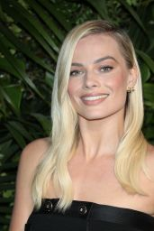 Margot Robbie – Charles Finch and Chanel Pre-Oscar Awards 2020 Dinner