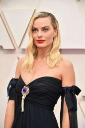 Margot Robbie – Oscars 2020 Red Carpet