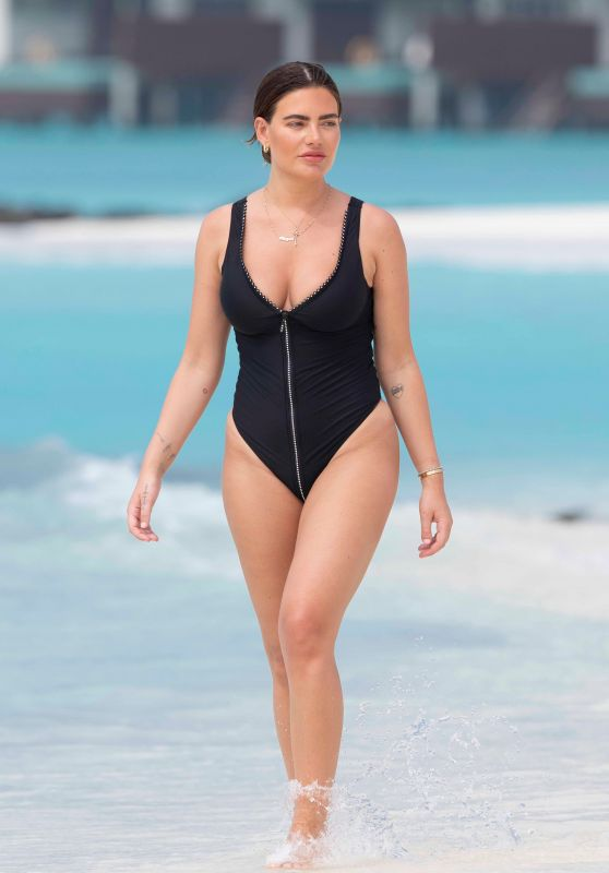 Megan Barton-Hanson in a Swimsuit - Maldives, January 2020