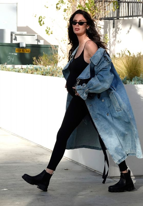 Nicole Trrunfio - Out in Beverly Hills 02/25/2020