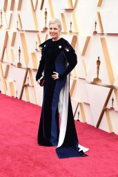 Olivia Colman – Oscars 2020 Red Carpet