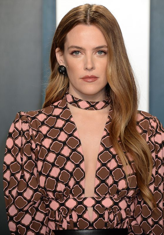 Riley Keough – Vanity Fair Oscar Party 2020