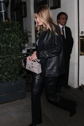 Sofia Richie Night Out Style - Leaving Madeo in Beverly Hills 02/27/2020