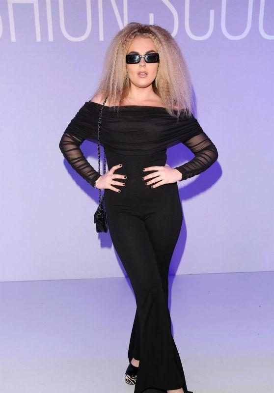 Tallia Storm - Pam Hogg Show at London Fashion Week 02/16/2020