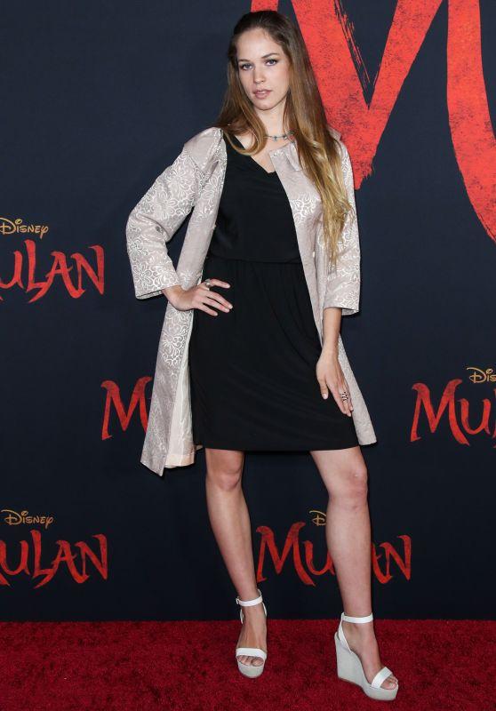 "Alexis Knapp – ""Mulan"" Premiere in Hollywood"