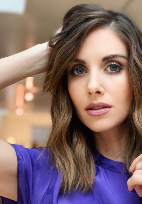 Alison Brie – The Guardian March 2020 Photos (+1)