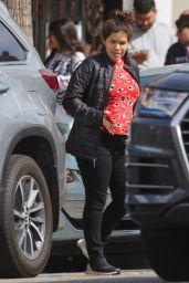 America Ferrera Makeup-Free - Studio City 03/07/2020