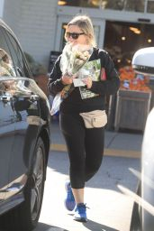 Amy Poehler - Buying Flowers in Beverly Hills 03/26/2020
