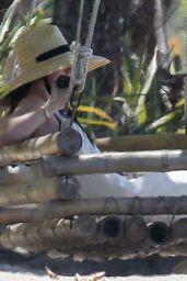 Ana De Armas - Out in Costa Rica 03/11/2020