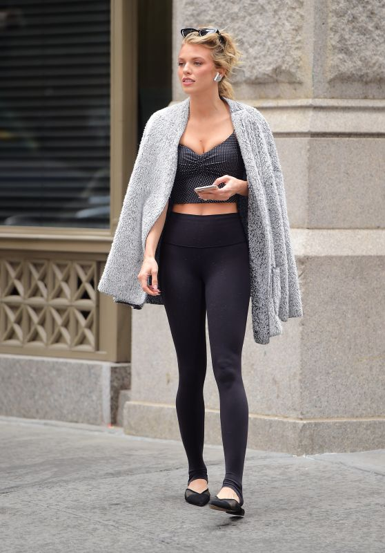 AnnaLynne McCord in Spandex - Tribeca NYC 03/10/2020