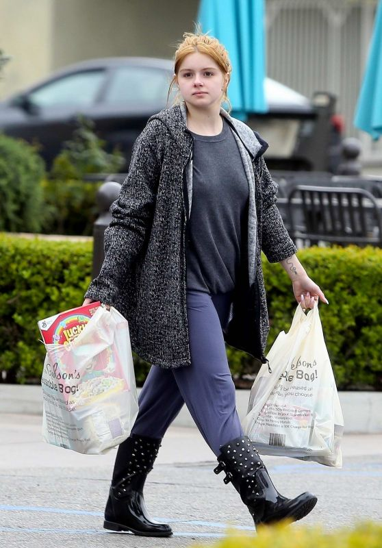 Ariel Winter - Makeup-Free Out in Los Angeles 03/20/2020
