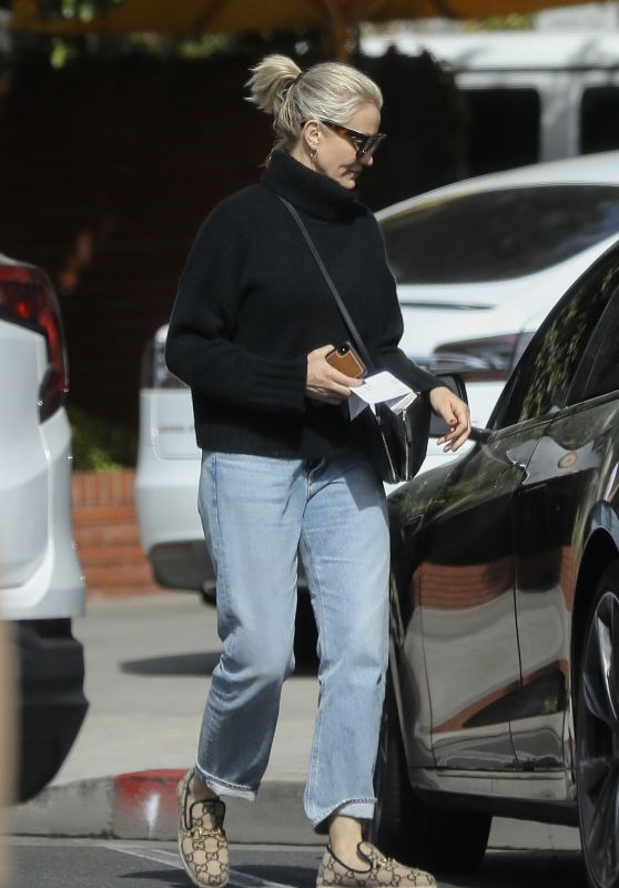 Cameron Diaz - Out in Beverly Hills 03/07/2020