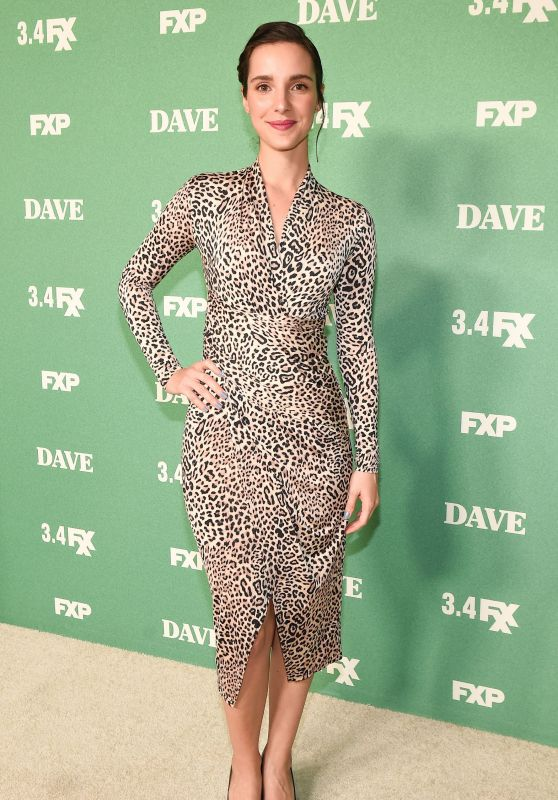 "Carla Baratta – ""Dave"" Premiere in Los Angeles"