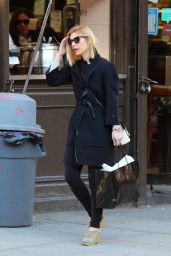 Claire Danes - Shopping in NYC 03/10/2020