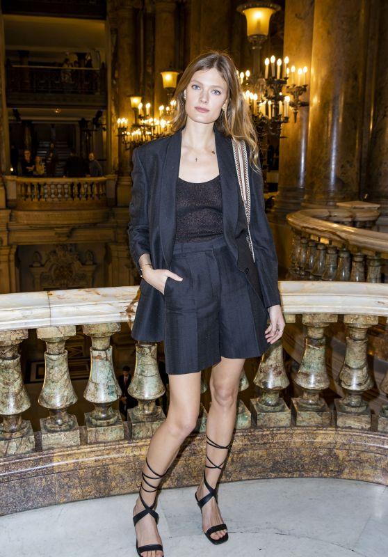 Constance Jablonski – Arrives at Stella McCartney Show at Paris Fashion Week 03/02/2020