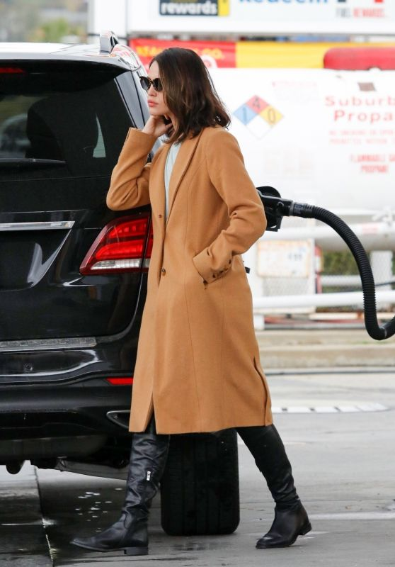 Eiza Gonzalez - Pumping Gas in Los Angeles 03/14/2020