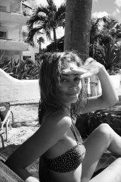 Ella Purnell – Social Media 03/02/2020
