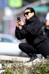 Eva Longoria at a Park in Beverly Hills 03/17/2020