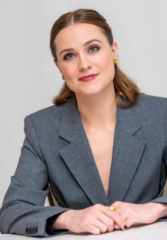"Evan Rachel Wood - ""Westworld"" TV Show Photocall in LA"