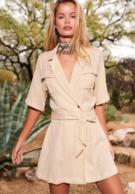 Frida Aasen - Revolve Lookbook Spring 2020