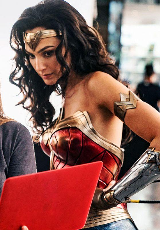 """Gal Gadot – """"Wonder Woman 1984"""" Photo 03/21/2020"""