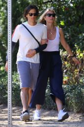 Gwyneth Paltrow - Out in LA 03/08/2020