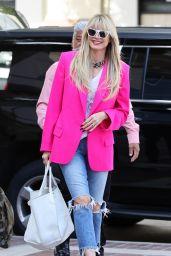 Heidi Klum - Arriving to the America