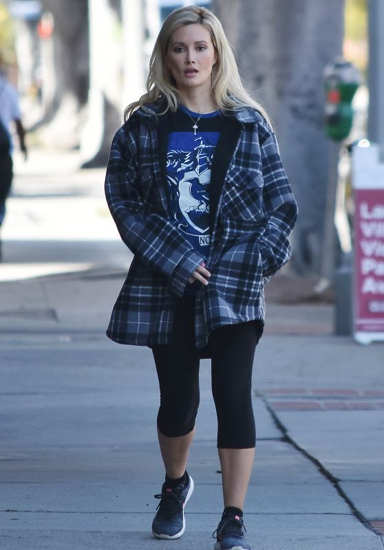 Holly Madison - Out in Studio City 03/23/2020