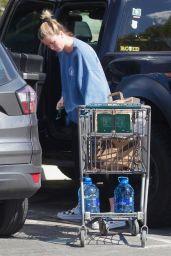 Ireland Baldwin - Leaving Grocers in LA 03/19/2020