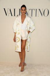 Izabel Goulart – Valentino Show at Paris Fashion Week 03/01/2020