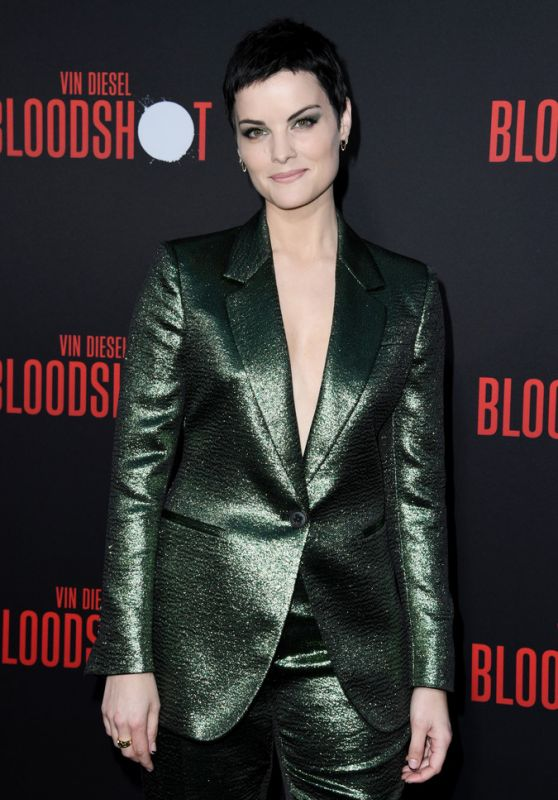 "Jaimie Alexander – ""Bloodshot"" Premiere in LA"