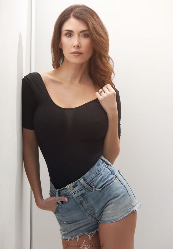 Jewel Staite - Photoshoot March 2020