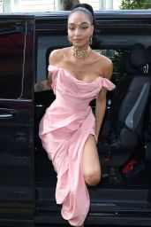 Jourdan Dunn - Arriving at the Royal Monceau Hotel in Paris 02/29/2020