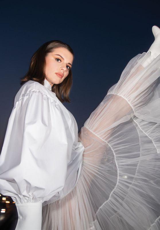 Julia Fox - CR Fashion Book Issue 16 March 2020