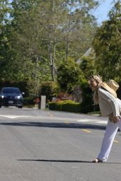 Kate Hudson - Out in LA 03/27/2020