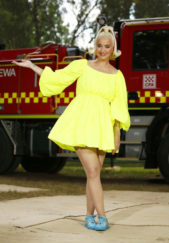 Katy Perry - Fight On Concert For Firefighters And Bushfire Victims in Bright