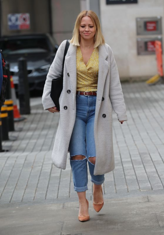 Kimberley Walsh Street Style - Out in London 03/14/2020