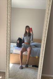 Lily Easton – Social Media 03/27/2020
