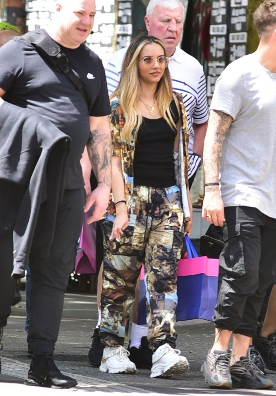 Little Mix - Out in São Paulo 03/07/2020