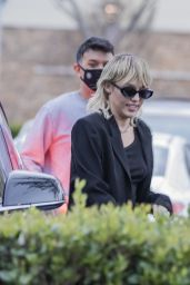Miley Cyrus - Grocery Shopping in LA 02/28/2020