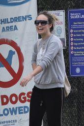 Olivia Wilde - Enjoy a Stroll in Los Angeles 03/20/2020