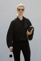 Rosie Huntington-Whiteley in Leggings - Out in Los Angeles 03/07/2020