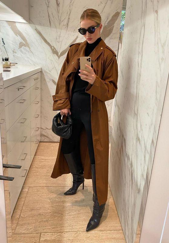 Rosie Huntington-Whiteley Style and Fashion 03/10/2020 (Part I)